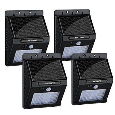 Si quieres ahorrar en tu factura de la luz, hazte con este pack de 4 focos LED VicTsing, que vienen con panel solar, detector de movimiento, tienen casi 300 opiniones y un 4,6 de media. Además gracias a nuestro código de descuento exclusivo, cada foco te sale a 7,75€, todo un chollazo.  ¡¡Chollo!!: 4 focos LED con sensor de movimiento y placa solar VicTsing por 30,99€ (45% de descuento sobre el precio de venta por código promocional)