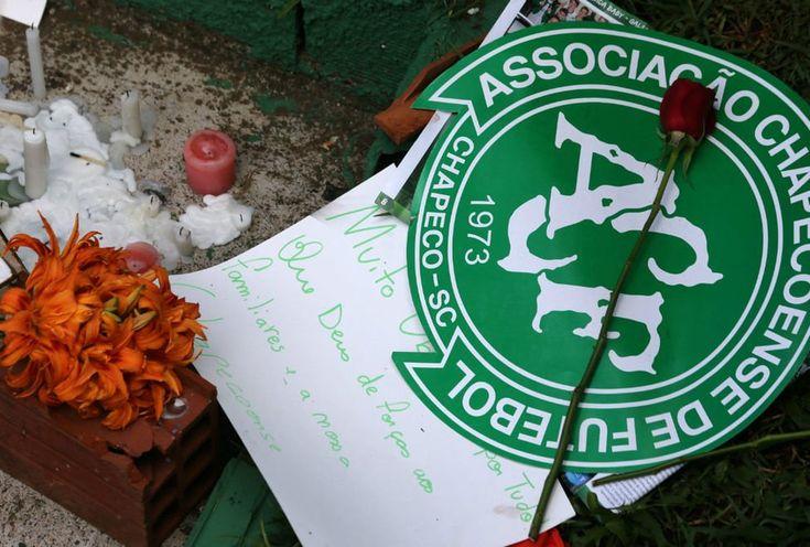 Vidente predice la muerte del grupo de fútbol brasileño. (Vídeo)