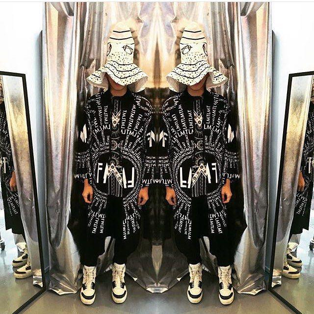 LMT Rhea Kimono  http://pasar-pasar.com/collections/lmt-urban-streetwear/products/lmt-rhea-kimono-black