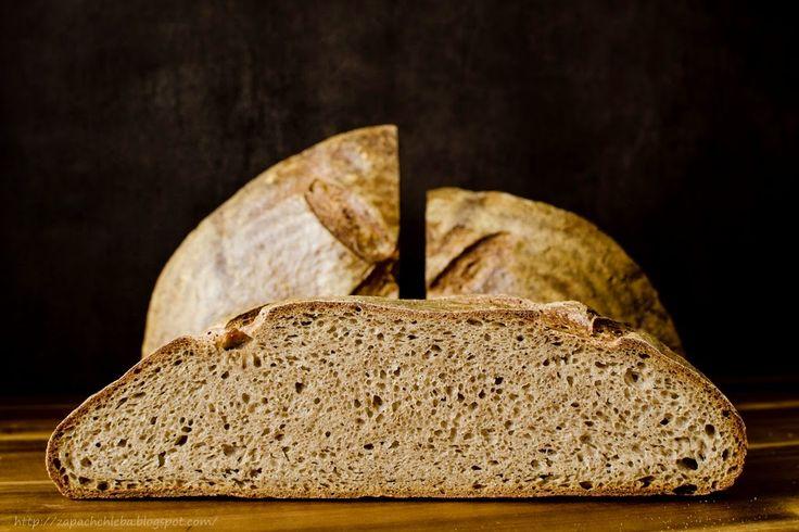 Zapach chleba: Nowy zakwas. Nowy chleb. Nowe życie w nowym roku.