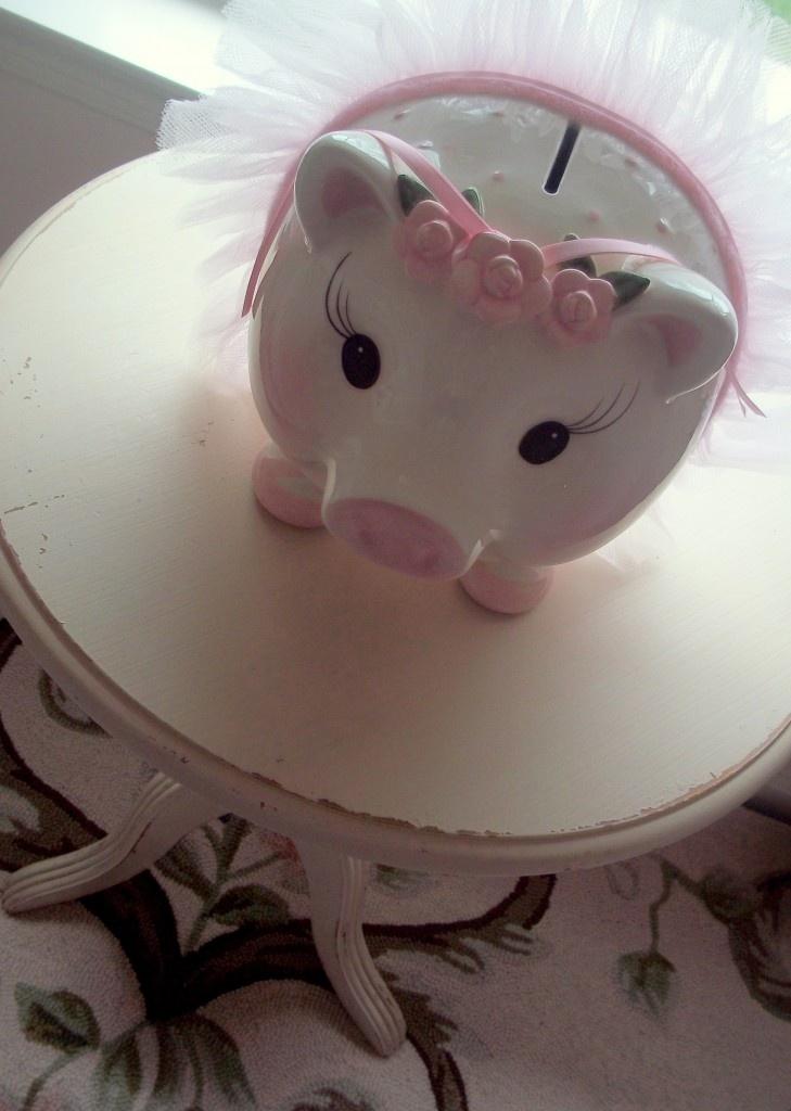 oh-so-cute piggy bank!