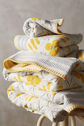 Ameera Printed Towel Set