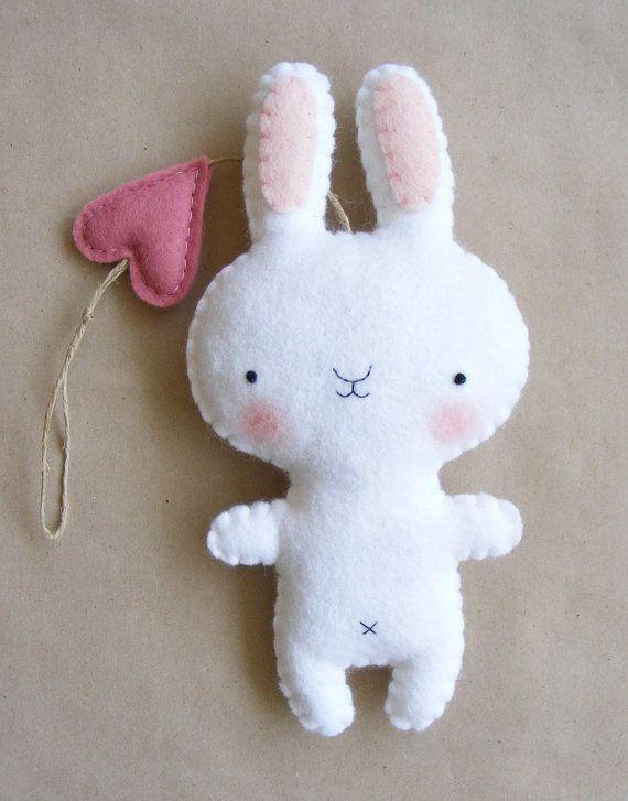 PDF pattern - Felt bunny ornament. DIY hanging softie, baby room wall decoration via Etsy lapin en feutrine