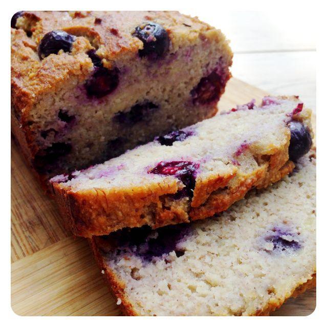 Paleo Blueberry Banana Bread. Gluten Free, Dairy Free & Paleo. Recipe on www.thelittlegreenspoon.com