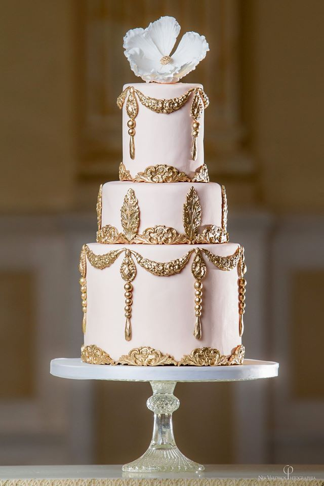 Daily Wedding Cake Inspiration. To see more: http://www.modwedding.com/2014/06/19/daily-wedding-cake-inspiration/  #wedding #weddings #cake Featured Wedding Cake: Elizabeth's Cake Emporium; Featured Photographer: Nek Vardikos Photography