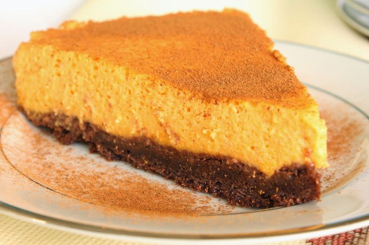 Cheesecake de abóbora - http://www.sobremesasdeportugal.pt/cheesecake-de-abobora/