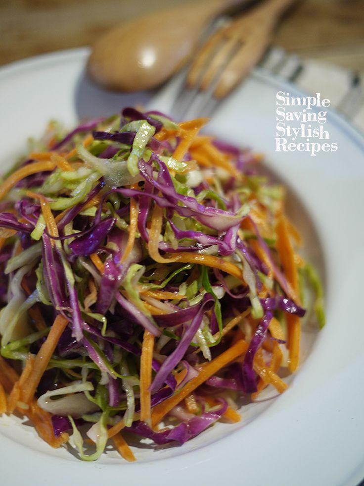 2種のキャベツとニンジンのカラフルデリ風ナムルサラダ by SHIMA / キャベツと紫キャベツの2色にニンジンのオレンジを加えたカラフルでお洒落なナムルです。食物繊維もたっぷりでビタミンも豊富。ダイエットにもオススメです。お肉料理、お魚料理の付け合わせに、お弁当のおかずにも♪刻んで和えるだけの簡単レシピ / Nadia