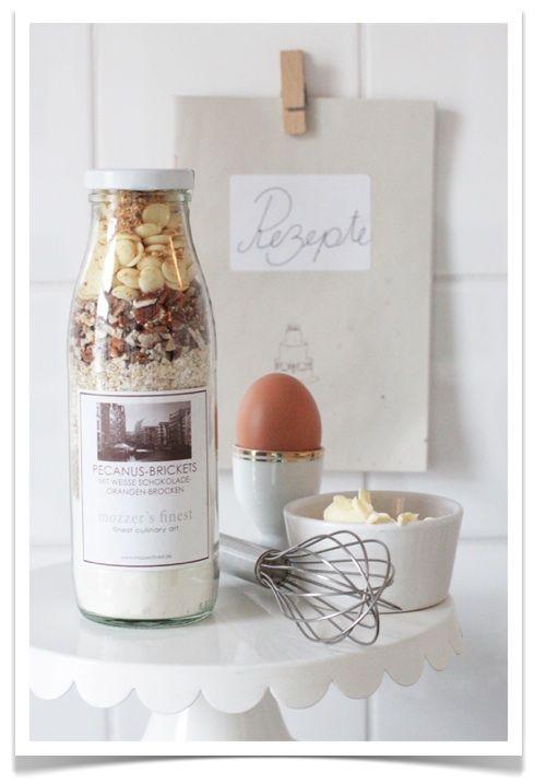 Pecanus-Brickets mit weißer Schokolade & Orangen-Brocken von Mozzer's Finest