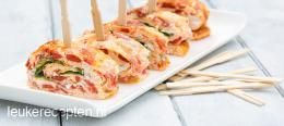 Omeletrolletjes met paprika