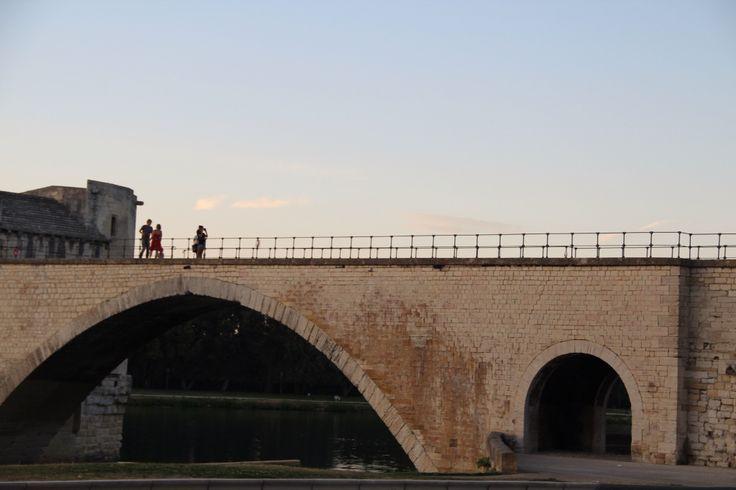 Sul ponte di avignone