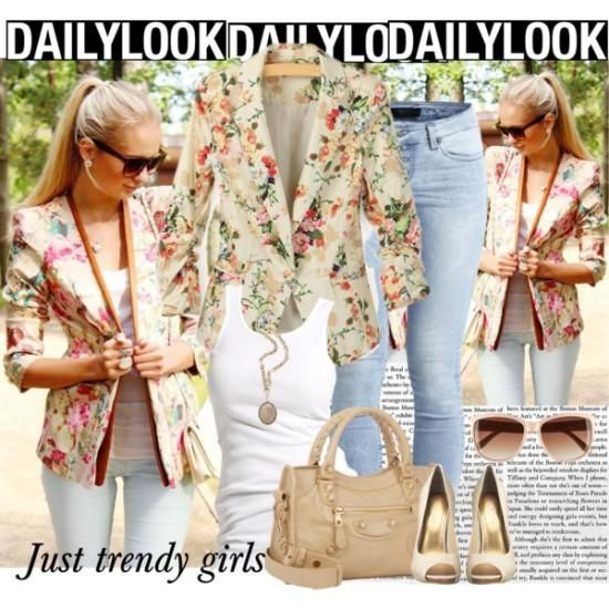 Apricot Long Sleeve floral Blazer Floral blazers styling ideas http://www.justtrendygirls.com/floral-blazers-styling-ideas/
