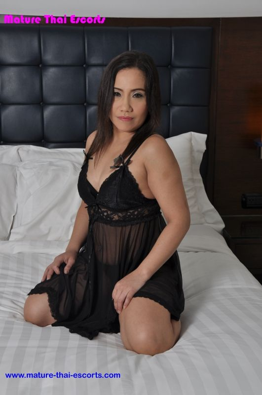 sleeping mature thai escort