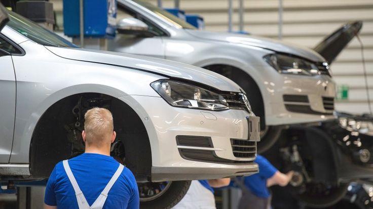 Neue Nachricht:  http://ift.tt/2fnWj8R  Abgasaffäre: VW zahlt bis zu 10.000 Euro Abwrackprämie für alte Diesel