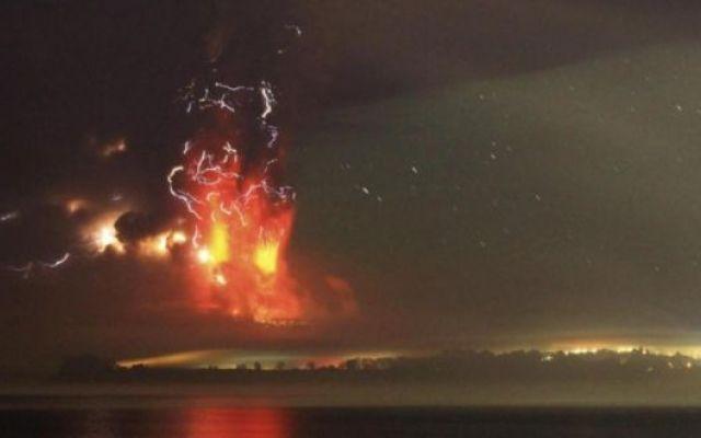 Cile: La grande eruzione del vulcano Calbuco #calbuco #vulcano #eruzione