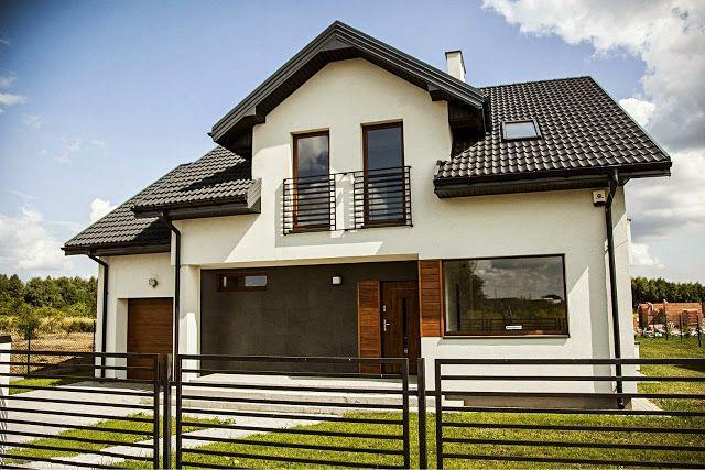 Elewacje Zuzzy: Grafitowy dach złoty dąb okna