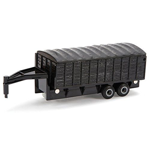 ERTL Toys Collect N Play Grain Trailer:   The Latest Baler From Case Ih, This 1/32 Model Features Rotating Teeth, Feed Augers And Includes Three Bales That Can Be Ejected From The Baler.