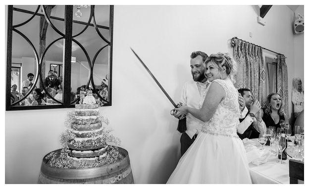 Three Choirs Wickham Vineyard, Hampshire Wedding: Nicki & Chris | The Cole Portfolio