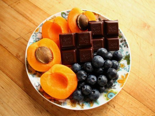 Garden of Vegan: Apricots, blueberries, and ½ a Ritter Sport Marzipan Chocolate.