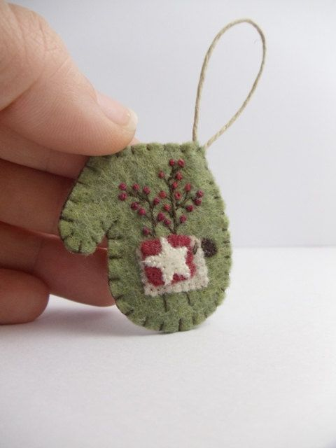 Primitive Folk Art Felt Sheep Mitten Ornament by BananaBugAndZod