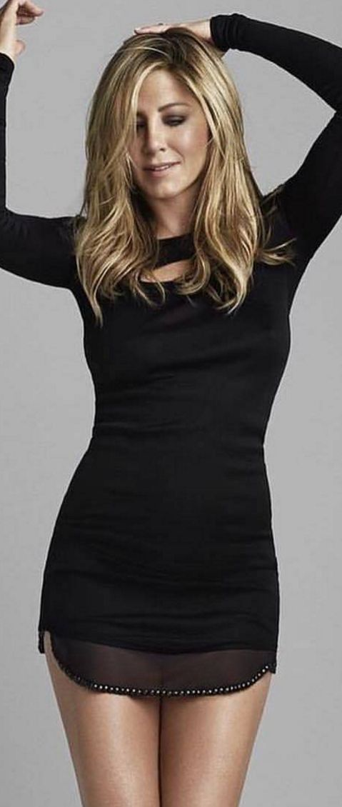 Who made  Jennifer Aniston's black cut out dress?