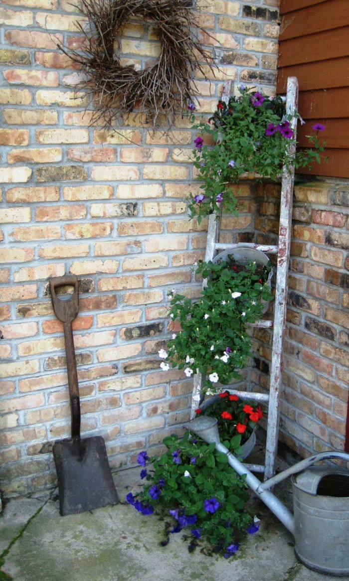 Gartenideen Gartendeko Vintage Stil Treppe Blumentöpfe Zeigel
