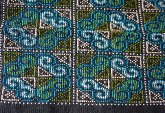 Thai Hmong handmade patch - cross stitch textile patch for quilting and needlework - hilltribe handmade fairtrade textiles