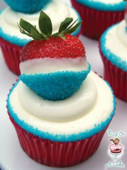 Patriotic Strawberry Cupcakes 2 logo (300 pieces)