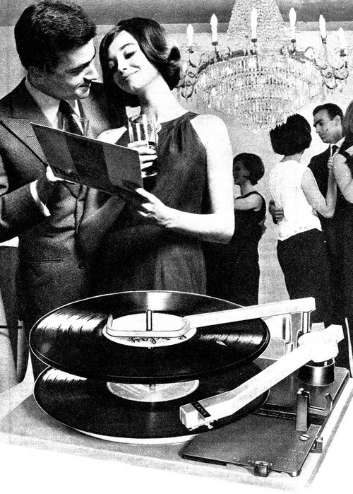 Time Magazine Italy, 1960s. #records http://www.pinterest.com/TheHitman14/phonograph-kitsch/