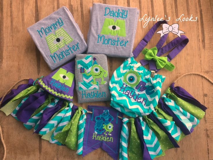 Monsters inc birthday outfit. Monsters inc cake smash outfit. Monsters inc birthday banner. Monsters inc onesie. Mommy monster. Daddy monster