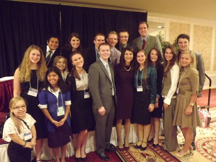 Pam Tebow and Teen Eagles at Eagle Forum Council XLI