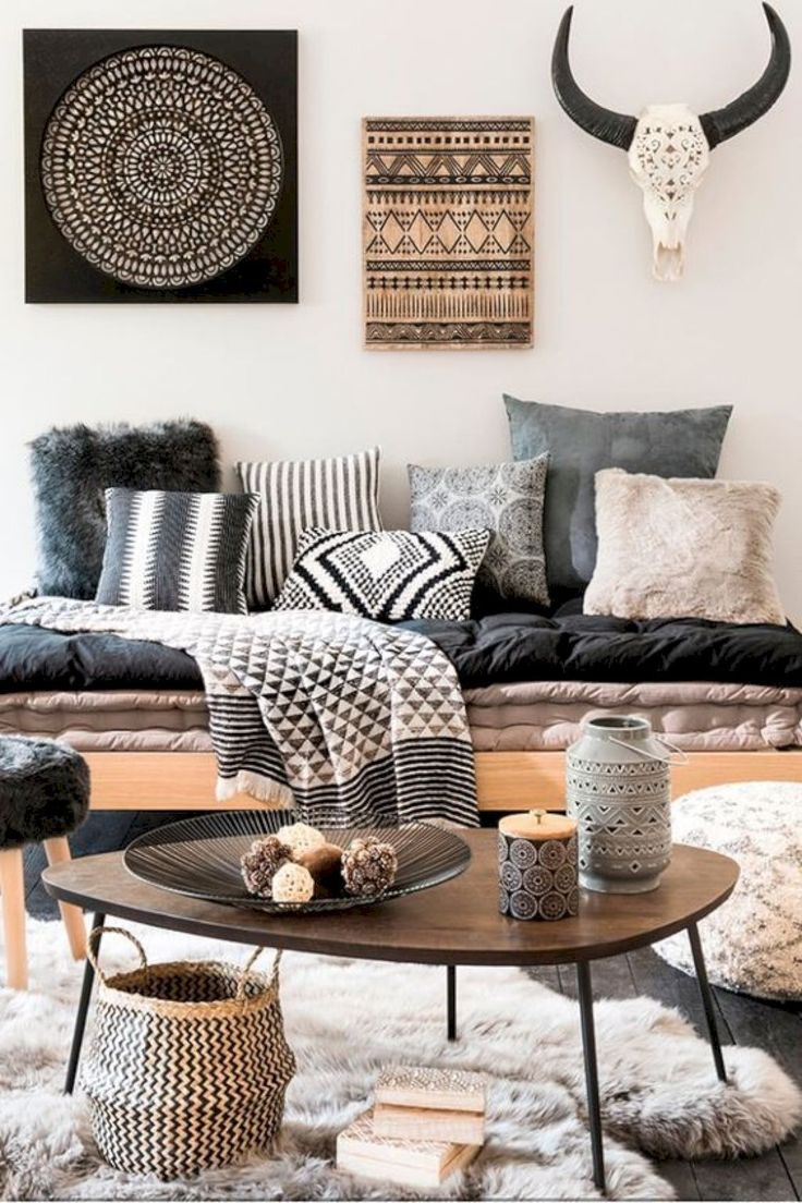 Gorgeous 55 Fancy Bohemian Style Living Room Decor Ideas https://bellezaroom.com/2018/01/23/55-fancy-bohemian-style-living-room-decor-ideas/ #RugsInLivingRoom