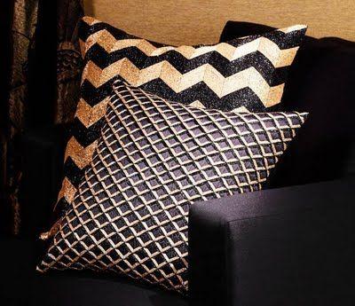 Sequin Chevron Pillow: Accent Pillows, Ralph Lauren Home, Black And Gold Living Rooms, Pillows Talk, Black Gold, Gold Accent, Homes, Art Deco, Chevron Patterns Decor