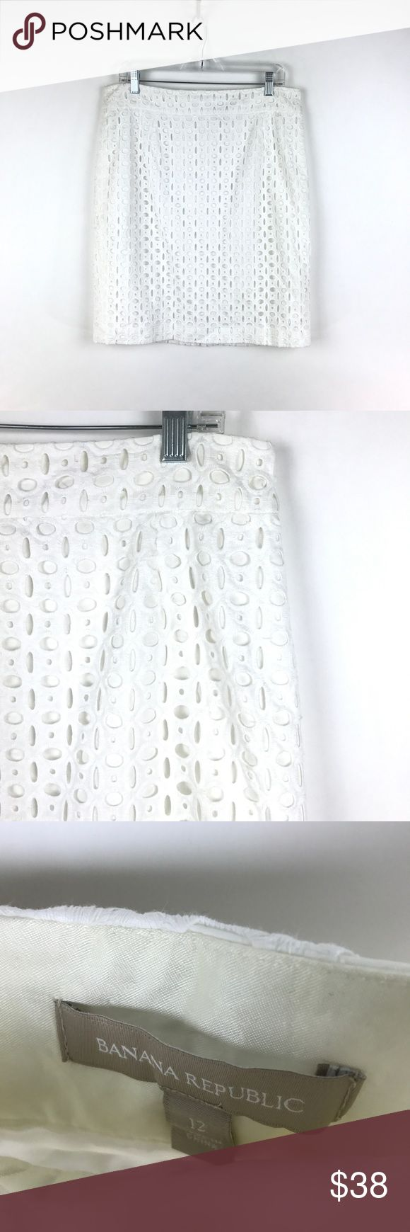 """Banana Republic Floral Eyelet Lace Skirt 12 413 Banana Republic Women's Sz 12 Floral Eyelet Lace Straight Pencil Skirt White 413  Measurements: Waist:  17"""" Flat Across Length: 22"""" Long  In good preowned condition with no known flaws and light overall wear. Banana Republic Skirts Pencil"""