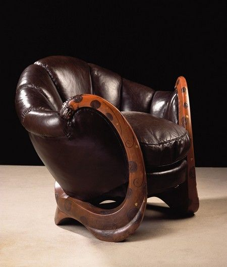 Eileen Gray U0027Dragonsu0027 Chair (sold At YSL Auction For A Cool 28 Million)