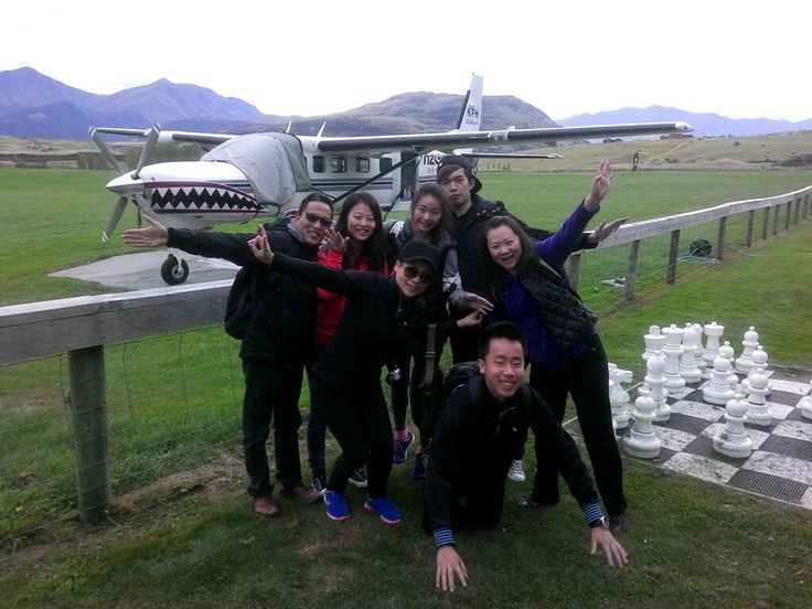 Let's skydive with this awesome plane! #skydive #gigatownqueenstown