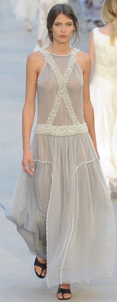 Chanel Resort 2012 Fashion Show