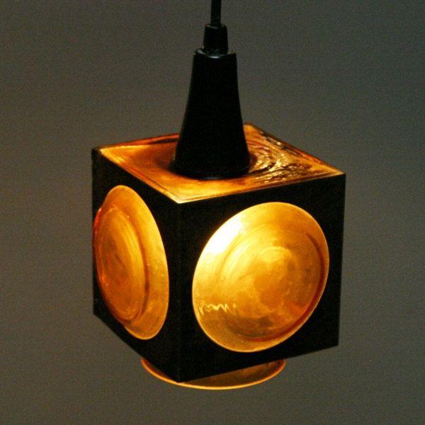 Retro lamp van Raak Amsterdam naar ontwerp van Nanny Still door ...