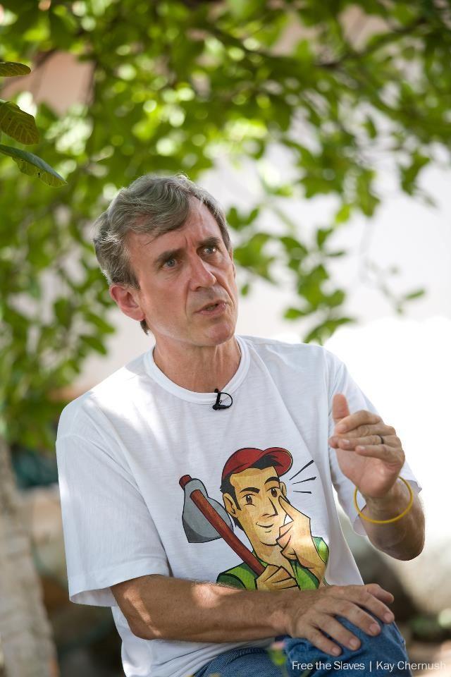 Frei Xavier Plassat é coordenador da Campanha da CPT de Prevenção e Combate ao Trabalho Escravo 'De olho aberto para não virar escravo' e se destaca pela sua atuação na luta contra o trabalho escravo contemporâneo no Brasil. Seu trabalho lhe rendeu o Prêmio Nacional de Direitos Humanos em 2008. Graduou-se em Ciência Política em Paris, em 1970, e ingressou na ordem dominicana no ano seguinte.
