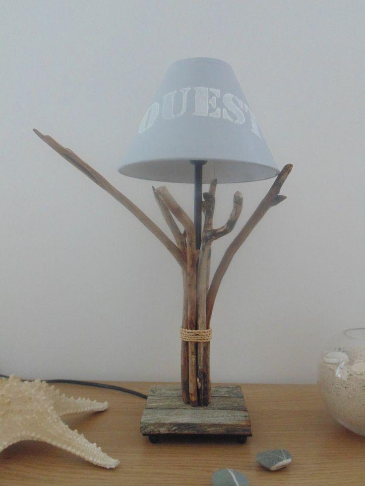 """lampe en bois flotté - modèle unique - abat-jour gris pochoir """"Ouest"""" : Luminaires par un-jour-de-pluie72"""