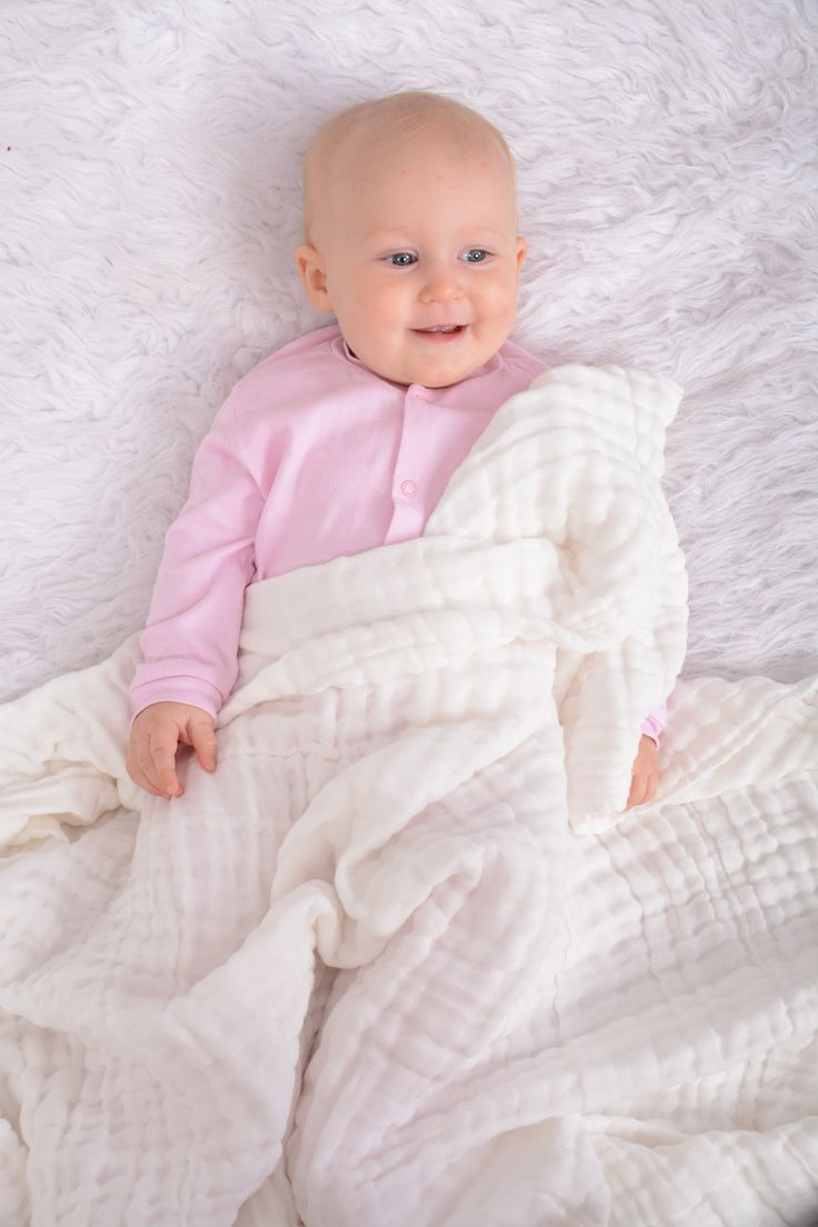 Snuggletime Muslin Cotton Quilt , 100% Cotton soft on baby's skin, perfect for newborns  http://www.snuggletimebaby.co.za/products/breathable-cotton-muslin-range/