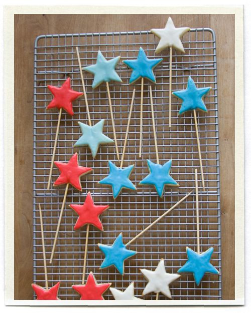 Star Cookies on a stick...so cute as toppers for cakes and cupcakes or by their self decorated with ribbon...so many possibilities!