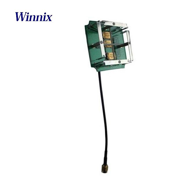 Performance Specifications Frequency : 860MHz~960MHz VSWR: ≤1.3:1 Gain: > 3 dBi polarization: circular polarization axial ratio: <3 dB relative humidity: 5%~95% input impedance: 50 Ω Antenna Connector : SMA