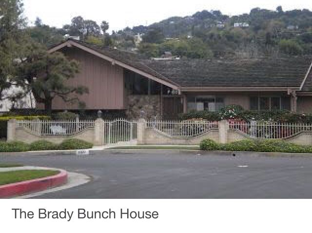 Middle class modern house stalking the brady bunch house