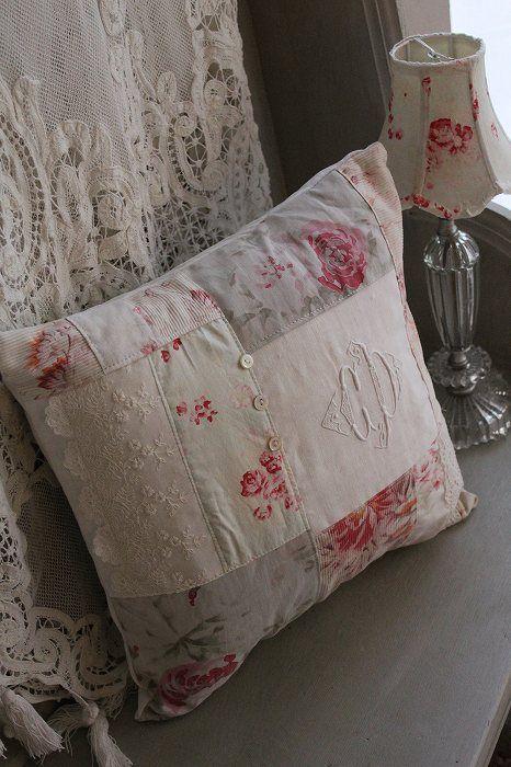Cute little pillow ^^
