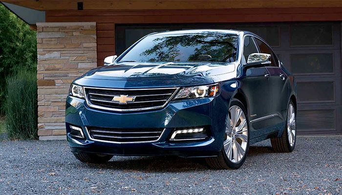 Are you looking for a spacious and luxurious full-sized sedan?👏🏻 Check out the 2018 Chevy #Impala now available at Bill Kay Chevrolet!