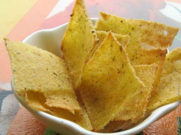Кукурузные чипсы в духовке / Рецепты с фото