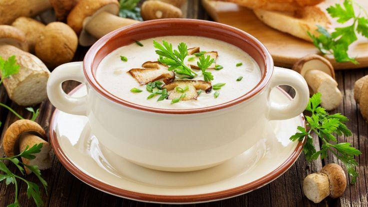 Une recette de crème de champignons onctueuse présentée sur Zeste et Zeste.tv