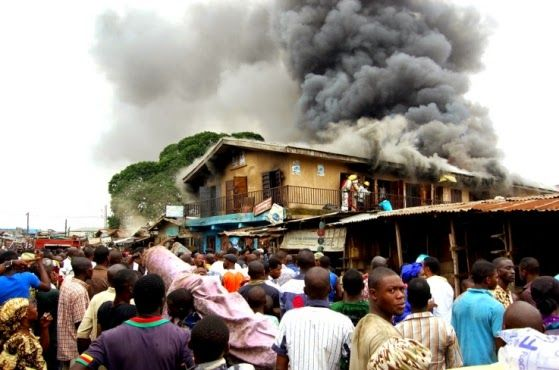 Photos: Fire incident at Ogunpa Market in Ibadan leaves traders in anguish   WELCOME TO BEDEOSKY'S BLOG