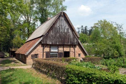 Kleine boerderij uit Beltrum (Gld.) Openluchtmuseum Arnhem