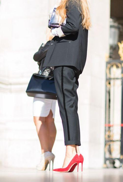 Элегантные женские брючные костюмы: фото